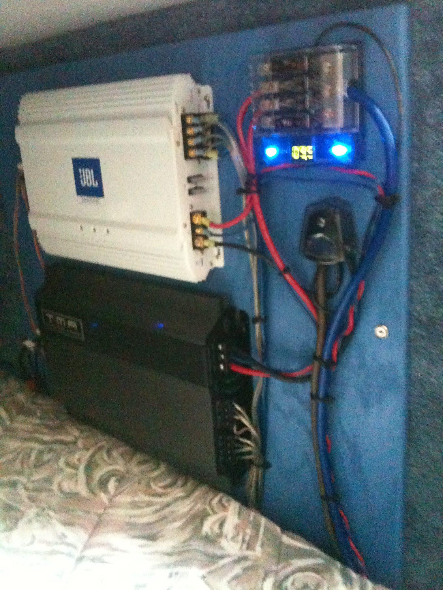 Marine Electronics Services & Installation - Aquatronicsfl